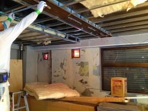 ダンススタジオの天井施工
